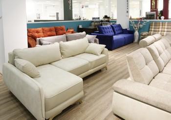 """Магазин мягкой мебели """"Сиди М"""" открылся в новом формате"""